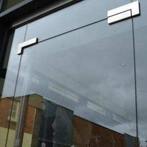 Frameless Glass Shop Fronts